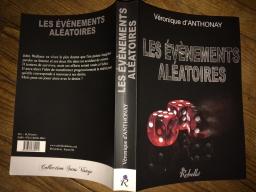 Couverture de Les Evènements Aléatoires par Véronique d'Anthonay